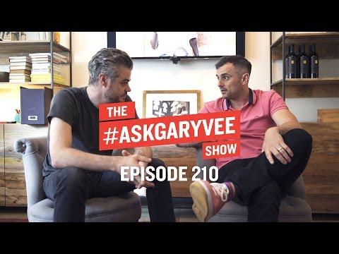 Scott Harrison, Charity Water & Running a Nonprofit   #AskGaryVee Episode 210