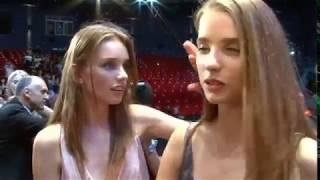Jumelles et Top-models à 15 ans | Reportage