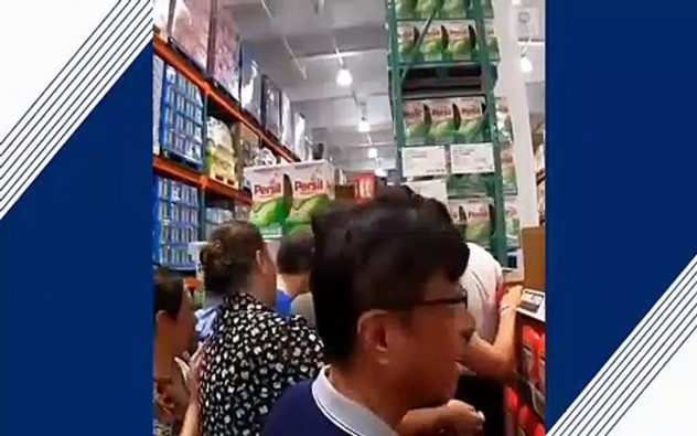 Shoppers swarm China's 1st Costco store