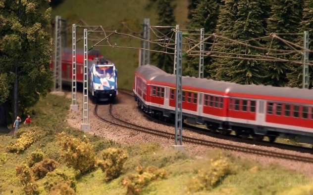 Rail Transport Modeling: Model Trains Galore with Pantograph and Overhead Line (Catenary) - Pilentum Television - The World of Model Trains and Model Railroading and Scale Modeling