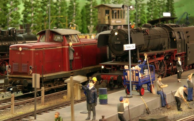 Model Railroading with Steam Trains (鉄道模型) and Steam Locomotives (蒸気機関車) in 1/32 Scale - Pilentum Television - The World of Model Trains and Model Railroading and Scale Modeling