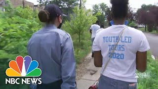 Chicago Teens Give Neighborhood Tours To Rookie Cops | NBC Nightly News