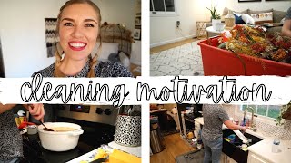 CHRISTMAS CLEAN WITH ME AND DECORATE 2020 / COOK WITH ME / CLEANING MOTIVATION / HOMEMAKER VLOG 2020