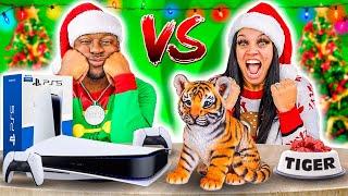 CHEAP VS EXPENSIVE CHRISTMAS PRESENTS CHALLENGE 🎁