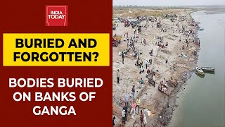 India's Covid Emergency | Undocumented Covid Bodies Buried In Sand On Banks Of Ganga